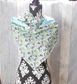 Dreieckstuch, Blumenmuster, blau grün, Schal - Handarbeit kaufen