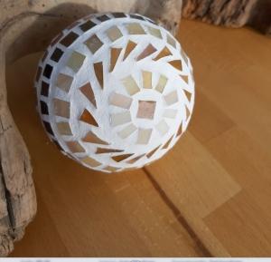 braun beige Kugel 10cm Mosaik Dekokugel schwimmt Gartenkugel Rund - Handarbeit kaufen