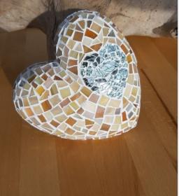 Glasmosaik Herz creme Mosaik 15 x 15 x 3,5 cm Gartendeko Deko Geschenk beige handmade - Handarbeit kaufen