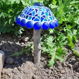 blauer Mosaik Pilz Beton handmade Tiffany Gartendeko geschenk Deko Blumenstecker