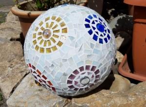 Mosaik Kugel 20cm bunt Blumen Dekokugel Blütenkugel Gartendeko  - Handarbeit kaufen