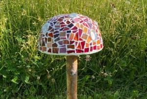 Mosaik Pilz 14cm Durchmesser rot weiß Fliegenpilz Gartendeko unikat handmade Blumendeko - Handarbeit kaufen