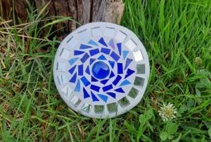 Mosaik Linse blau 10 cm Glasmosaik schwimmt Teich Tiffany Blumenmosaik spiegeleffekt - Handarbeit kaufen