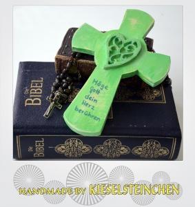 Herzlich grünes Kinderkreuz im Shabby Stil
