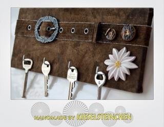 Schlüsselbrett-Upcycling-Lederhose