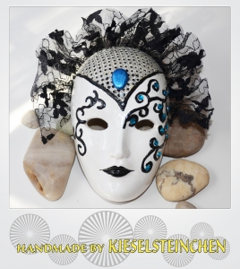 Maske Weiß/schwarz
