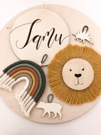 Schild simple 10cm, 20cm oder 40cm Durchmesser personalisierbar (Namensschild, Holzschild, Türschild, Deko, Hochzeit, Geburt,Taufe, Kinderzimmer, Babyzimmer, Baby) - Handarbeit kaufen
