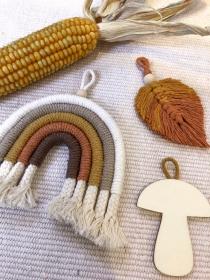 Holz Anhänger Pilz, Wald, Tiere (Platzkarten, Wanddekoration, Deko, Geschenk, Geschenkanhänger, Mädchenzimmer, Kinderzimmer, Babyzimmer, Geburt, Geburtstag) - Handarbeit kaufen