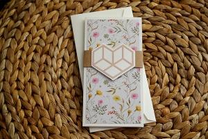 Hochzeitskarte mit Blumenmuster und Herz für Geldgeschenk