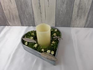 Tischgesteck, Herz, Valentinsgeschenk, Gesteck, Kerze - Handarbeit kaufen