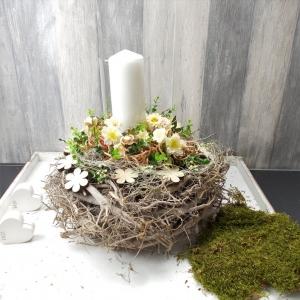 Tischgesteck, Frühlingsgesteck, Windlicht, natur Töne, Gesteck - Handarbeit kaufen