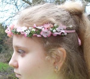 Haarschmuck, Blumenkränzchen, Kommunion, rosa Kopfschmuck, Kranz für ´s Haar - Handarbeit kaufen