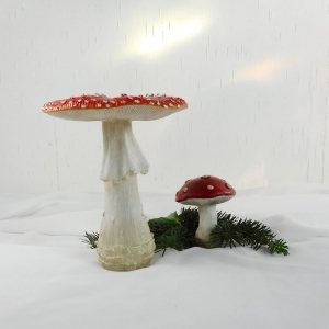 Weihnachtsdeko 2er Set Pilze aus Resin, Tischdeko Weihnachten Pilze, Stückpreis 7 Euro, Material - Handarbeit kaufen