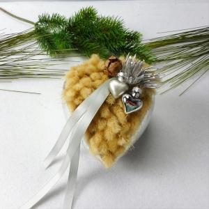 Trockenblumen Gesteck Herz silberfarben, Trockenblumenarrangement - Handarbeit kaufen