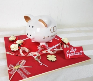 Geldgeschenk Hochzeit, Hochzeitsgeschenk, rot mit großem Sparschwein - Handarbeit kaufen