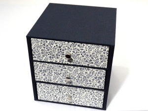 Schachtel mit 3 Schubladen blaue Blumen Buchbindehandwerk von Pappelapier - Handarbeit kaufen