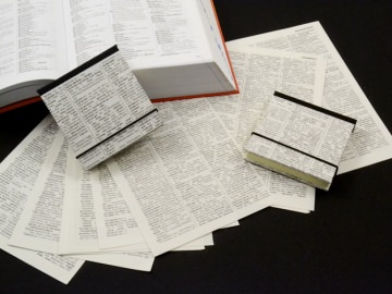 Hardcovereinband für Klebezettel/Haftnotizen altes Wörterbuch - Upcycling  - Handarbeit kaufen