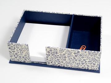Zettelkasten Zettelbox blaue Streublumen Buchbindehandwerk von Pappelapier - Handarbeit kaufen
