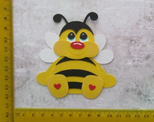 Stanzteil  Kartendeko  Kartenschmuck Scrapbooking Kindergeburtstag süße Biene
