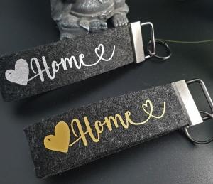 Schlüsselanhänger ♥HOME♥ aus Filz anthrazit mit Klemmschließe - Handarbeit kaufen