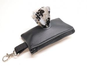 Kotbeutelspender, genäht aus Leder, schwarz - Handarbeit kaufen