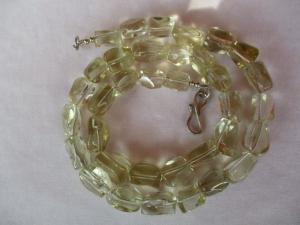 Halskette aus Lemoncitrin mit einem handgefertigten Hakenverschluss aus Silber - Handarbeit kaufen