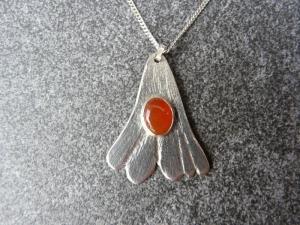 Silberkette mit Silberanhänger mit einem Karneol - Handarbeit kaufen