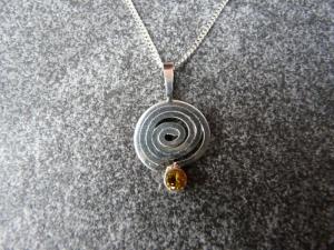 Silberkette mit Silberanhänger mit einem Citrin - Handarbeit kaufen