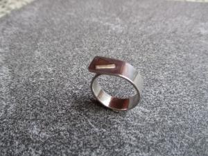 Handgeschmiedeter Silberring aus 925 Silber mit einer Goldauflage. - Handarbeit kaufen