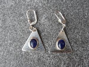 Ohrhänger aus 925 Silber in ovaler Form mit 8x6 mm Sodalith Steinen - Handarbeit kaufen
