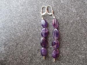 Ohrhänger aus 925 Silber mit linsenförmigen Amethyst Perlen