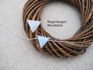 Mondstein-Kette, Mondstein Dreieck, Regenbogen Mondstein, 925 Silber, Goldfilled, zierlich, minimalistisch, Rosegoldfilled - Handarbeit kaufen