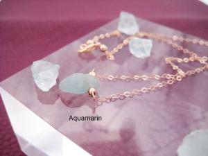 Mini-Aquamarin-Kette, Aquamarin Rohstein, Anhänger klein, 925 Silber, Gold Filled, Rosegold Filled, Geburtsstein März - Handarbeit kaufen