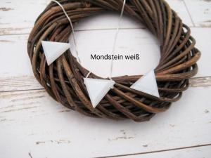 Mondstein-Kette, weißer Mondstein, Anhänger Dreieck, natürlich, 925 Silber, Goldfilled, Boxkette, zierlich, minimalistisch, Edelstein - Handarbeit kaufen