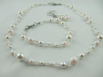 Kette Armband Ohrringe Perlen Weiß (499) - Handarbeit kaufen