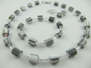 Kette + Armband Polaris Perlen schwarz / Weiß (439) - Handarbeit kaufen