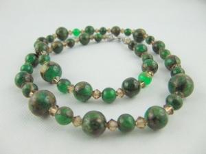 Kette Perlen Jade Braun / Grün Perlenkette (557) - Handarbeit kaufen