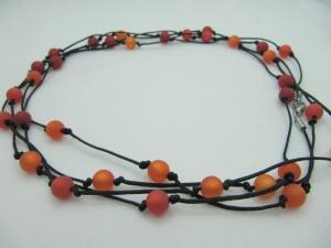 Extralange Polariskette Rot  Rote Perlen (605) - Handarbeit kaufen