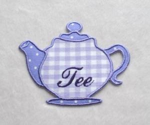 Teekanne, flieder, Stickapplikation  - Handarbeit kaufen