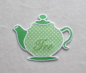 Teekanne, hellgrün, Pünktchen, Stickapplikation       - Handarbeit kaufen