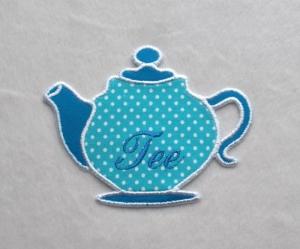Teekanne, türkisblau, Pünktchen, Stickapplikation        - Handarbeit kaufen
