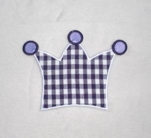 Krone, lila kariert, Stickapplikation zum Aufbügeln - Handarbeit kaufen