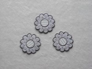 Blumen Nr.5, 3er Set, grau, Stickapplikation zum Aufbügeln           - Handarbeit kaufen