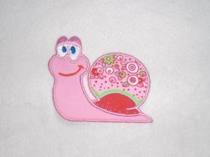 Schnecke in rosa, Stickapplikation zum Aufbügeln              - Handarbeit kaufen