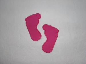 2 kleine Füße in pink, Stickapplikation zum Aufbügeln               - Handarbeit kaufen