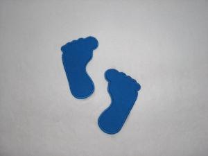 2 große Füße in blau, Stickapplikation zum Aufbügeln                       - Handarbeit kaufen