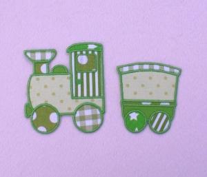 Lokomotive mit Anhänger in grün, Nr.1, Stickapplikation zum Aufbügeln                - Handarbeit kaufen