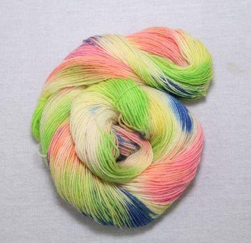 100g Sockenwolle 4- fach,handgefärbt, Nr 080707