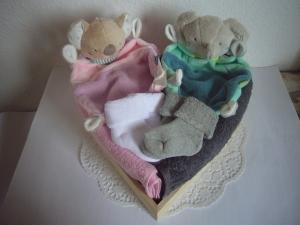 Windeltorte Zwillinge Mädchen Junge Herz Koala Elefant rosa grün flieder mint - Handarbeit kaufen