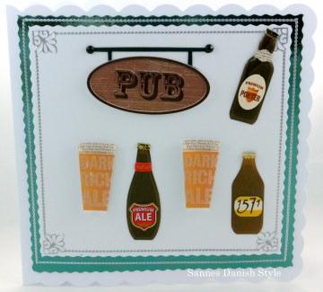 Verpackung Gutschein für den nächsten Pub Abend mit Schild Pub, Gläser und Bierflaschen, ca. 15 x 15 cm - Handarbeit kaufen